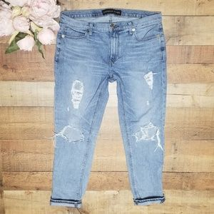 Express Girlfriend Jeans Heavily distressed 10